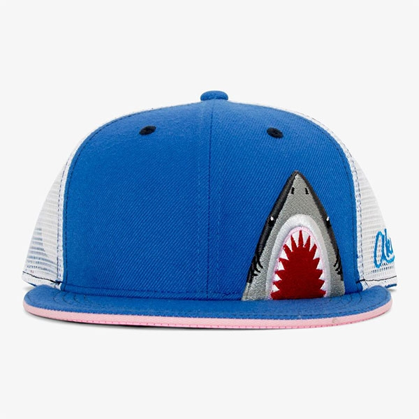 YOUTH HAT SHARK TEETH